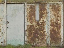 Вывоз металлических дверей